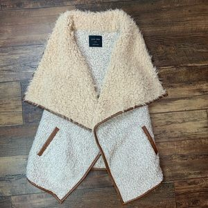 Love Tree Faux Fur Sherpa Vest with Pockets